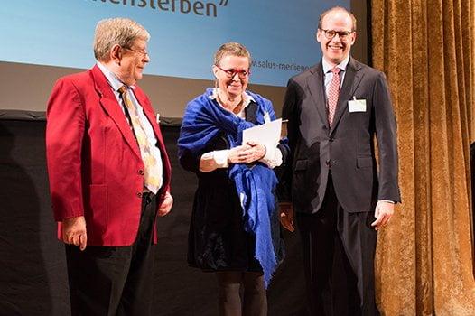 Juror Dr. Ulrich Mautner mit Preisträgerin Eva Rosenkranz und Dr. Florian Block